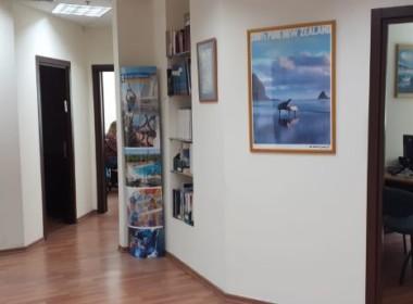 משרד קטן, יפייפה בשוהם, קריית מטלון, מסדרון