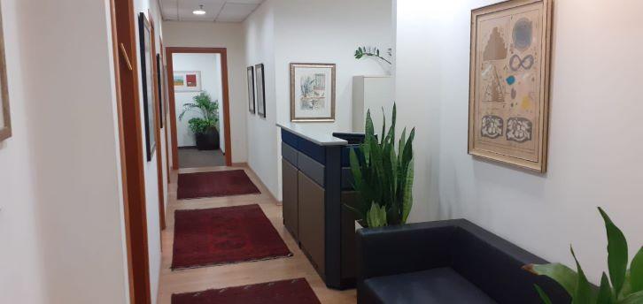 משרד מטופח להשכרה בלפיד, ק. מטלון, מסדרון