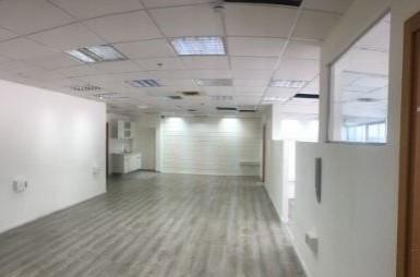 """700 מ""""ר משרדים להשכרה במגדל רסיטל החדש, מעטפת"""