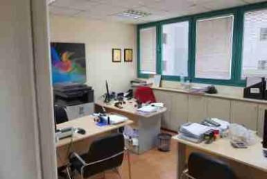 """120 מ""""ר משרד להשכרה בבית UMI חדר עבודה"""