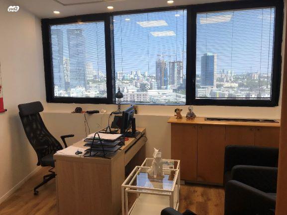 """50 מ""""ר משרד מרוהט להשכרה בחשמונאים, חדר עבודה"""