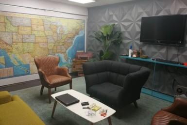 """160 מ""""ר משרד להשכרה מפואר בתעשייה, חדר ישיבות"""