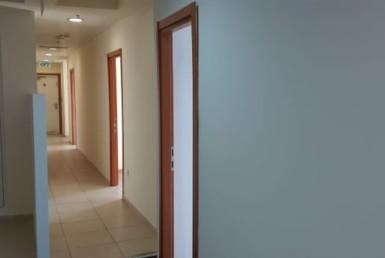 """420 מ""""ר משרדים ברמת החייל, בניין מטופח, מסדרון"""