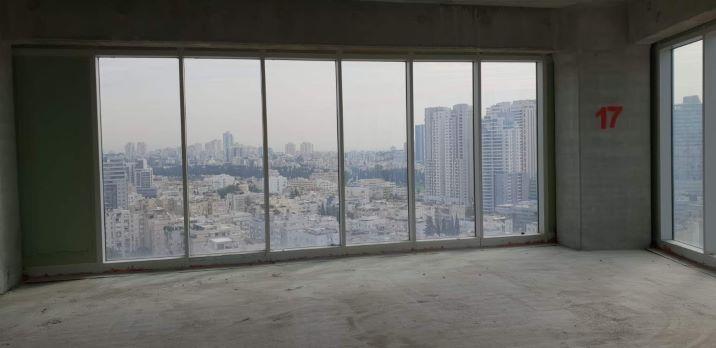 """930 מ""""ר בקומה גבוהה במגדל וויי ברמת מעטפת"""