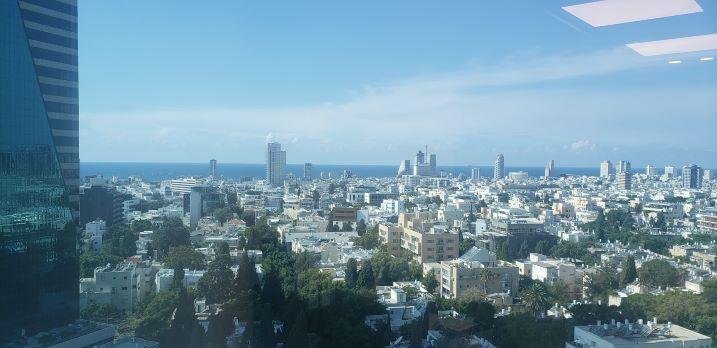 """380 מ""""ר משרדים יפיפיים להשכרה במגדל סונול, נוף לים"""