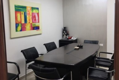 """62 מ""""ר משרד להשכרה בגבורי ישראל נתניה, חדר ישיבות"""