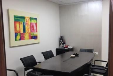 """100 מ""""ר משרדים להשכרה במלאכה נתניה, חדר ישיבות"""