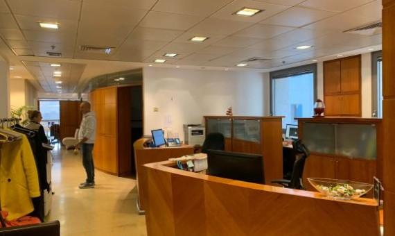 """215 מ""""ר משרד מטופח בפארק ספיר נתניה"""