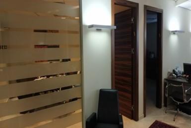 """148 מ""""ר משרד מושלם במשה אביב 2 צילום מהסלון"""