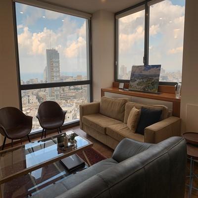 """350 מ""""ר משרדים מדהימים בק' גבוהה במגדל על, פינת עבודה"""