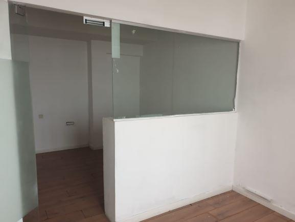 """משרדים להשכרה בלב תל אביב, ק""""ק וגינה חדר עבודה"""