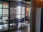 משרד מרוהט יפייפה בש. מונטיפיורי, חדר ישיבות