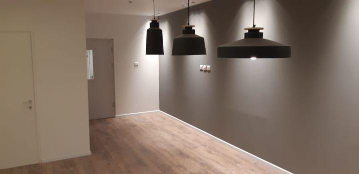 """159 מ""""ר משרד חדש במגדל We, תאורת לד"""