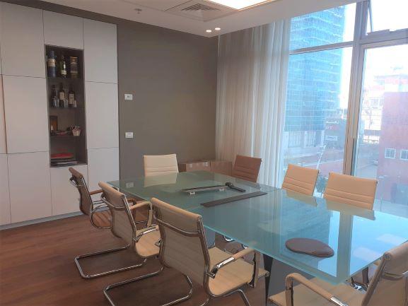 """180 מ""""ר משרדים מטופחים בבסר 4, חדר ישיבות"""