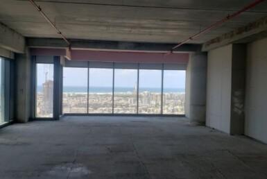 משרדים להשכרה בניין רסיטל 242, אופן ספייס חלון לים