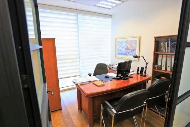 """65 מ""""ר משרד מטופח ב- V Tower, חדר עבודה"""