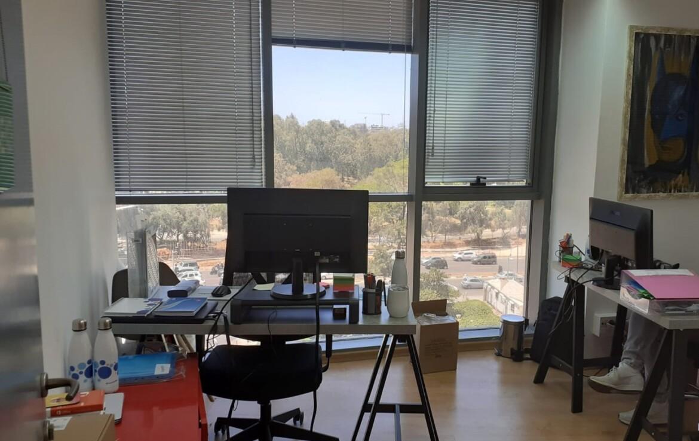 """240 מ""""ר, בסר 2, בני ברק, משרד עם נוף"""