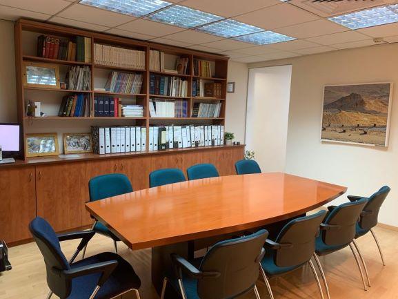 """198 מ""""ר להשכרה, המסגר תל אביב, חדר ישיבות"""