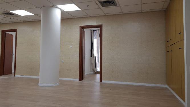 """101 מ""""ר משרד להשכרה בבית התעשיינים, חדר 3"""