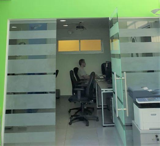 115 משרד היי טק בצפון תל אביב, חדר עבודה
