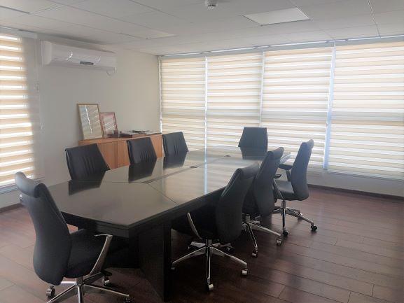 """330 מ""""ר משרד למכירה ביד חרוצים, חדר ישיבות"""
