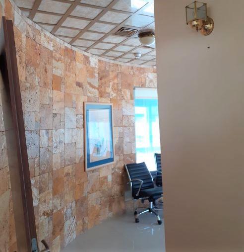 113 מר משרד מטופח בהרצליה פיתוח, עמדת המתנה