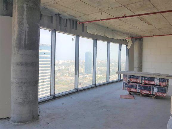 """700 מ""""ר להשכרה במעטפת במגדל ספיר, בבניה"""