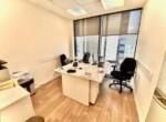 """120 מ""""ר משרד בגימור מעולה במידטאון, חדר עבודה"""