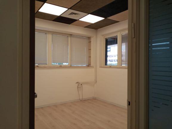 """150 מ""""ר להשכרה משרדים מטופחים בנתניה, חדר עבודה 3"""