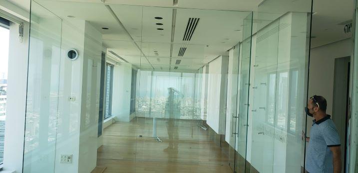 """380 מ""""ר משרד להשכרה במגדל ידוע ליד בית המשפט, כניסה"""