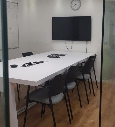 """400 מ""""ר משרד להשכרה ייצוגי ומכובד,חדר עבודה"""