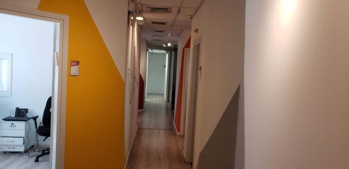 """480 מ""""ר משרד מטופח להשכרה ליד רכבת השלום, מסדרון 3"""