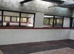 300 מר משרד להשכרה מטופח ליד ככר המדינה, קיר לבנים