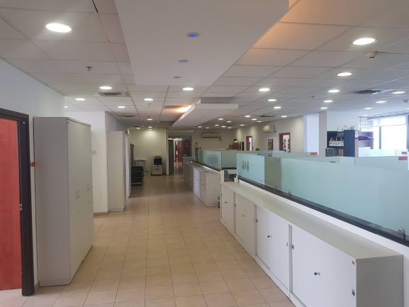 """400 מ""""ר משרדים מטופחים ליד דיזינגוף ת""""א, מסדרון"""