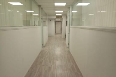"""167 מ""""ר משרד בוטיק להשכרה בהרצליה פיתוח, מסדרון"""
