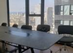 136 משרדים במגדלי אלון  בק' גבוהה ובגימור מלא, חדר ישיבות