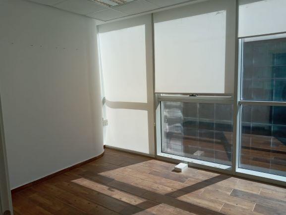 """100 מ""""ר משרד להשכרה ברמה בוי טאואר, חדר עבודה"""