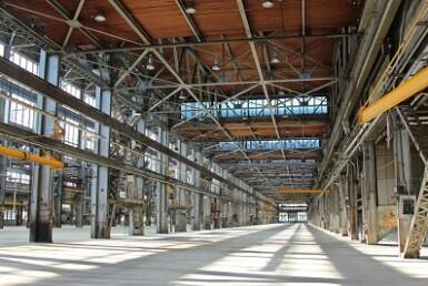 """2,200 מ""""ר בחולון, מחסן/מבנה תעשייה, להשכרה"""