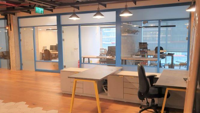 """1040 מ""""ר משרדים מפוארים להשכרה בבסר, א. ספייס וחדרים"""