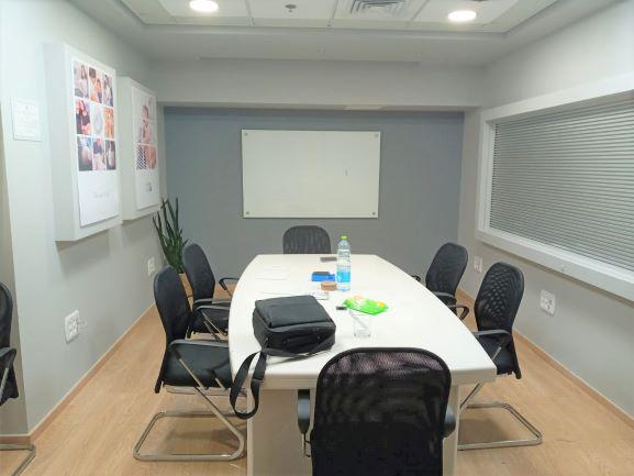 """290 מ""""ר משרד להשגרה בטרומן נתניה, חדר ישיבות 2"""