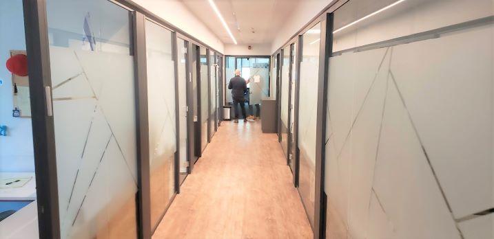 """1030 מ""""ר משרד מטופח בבורסה בר""""ג, להיי טק, מסדרון 2"""