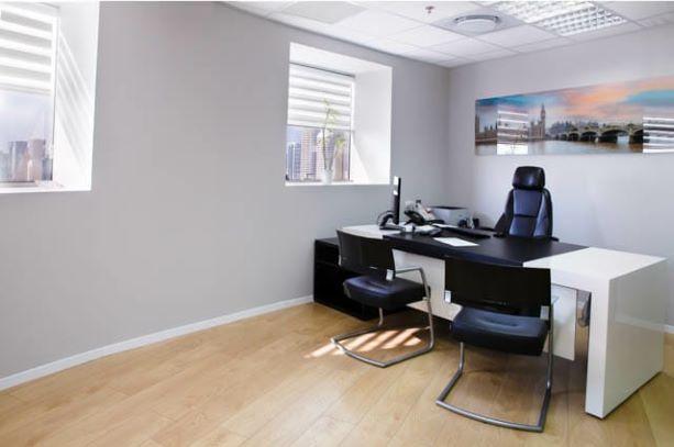 """82 מ""""ר משרד להשכרה במגדל ידוע בבורסה, חדר עבודה"""