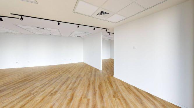 """490 מ""""ר משרד להשכרה במגדל ספיר בבורסה, חדר עבודה"""