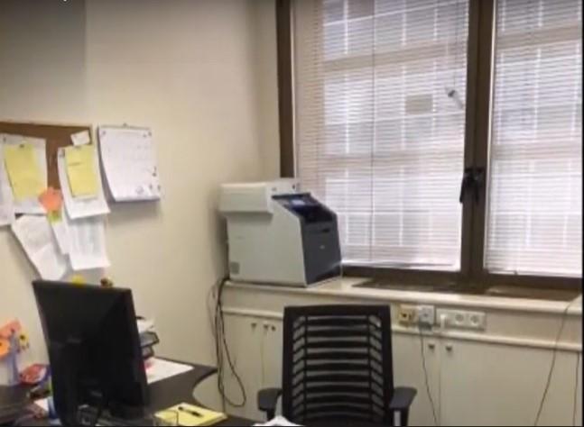"""140 מ""""ר משרד בוטיק מטופח בלב תל אביב, פינת עבודה"""