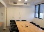 """1,200 מ""""ר משרדים מטופחים בקרית אריה, חדר ישיבות"""