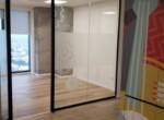 """1,650 מ""""ר קומה שלימה להשכרה במגדל חדש בבורסה, מחיצות זכוכית"""