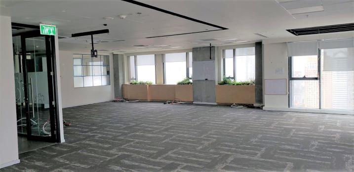 """1,650 מ""""ר קומה שלימה להשכרה במגדל חדש בבורסה, אופן ספייס"""