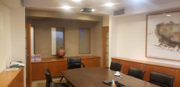 """385 (215+170) מ""""ר משרד להשכרה במגדל מרכזי בבורסה, חדר ישיבות"""