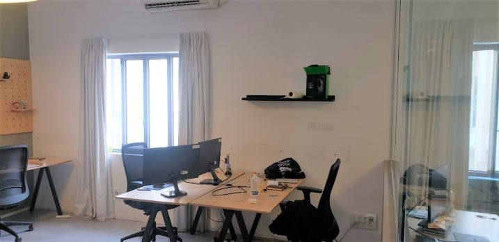 """200 מ""""ר משרדים מיוחדים מאד בלב ת""""א עם מרפסת גדולה,"""