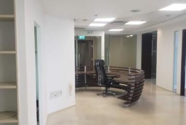 """165 מ""""ר משרד להשכרה במגדל משה אביב בבורסה, עמדת קבלה"""
